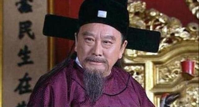 李善长被处死前大喊:我有免死金牌,朱元璋说你看看背面那7个字