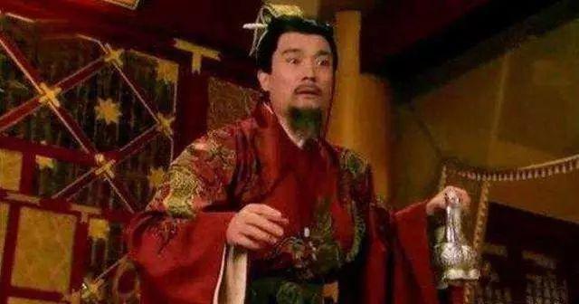 皇子被称傻子,苦等20年熬死四个皇帝
