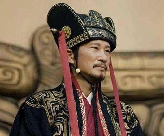 三国时期的荀彧,是一个怎么样的人?他给曹操出过哪些谋略呢?