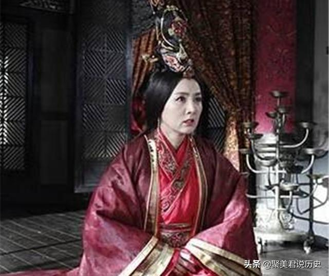 貌美侍女被赐给皇帝,生下一子一女都名留史册,而她却屈辱死宫外